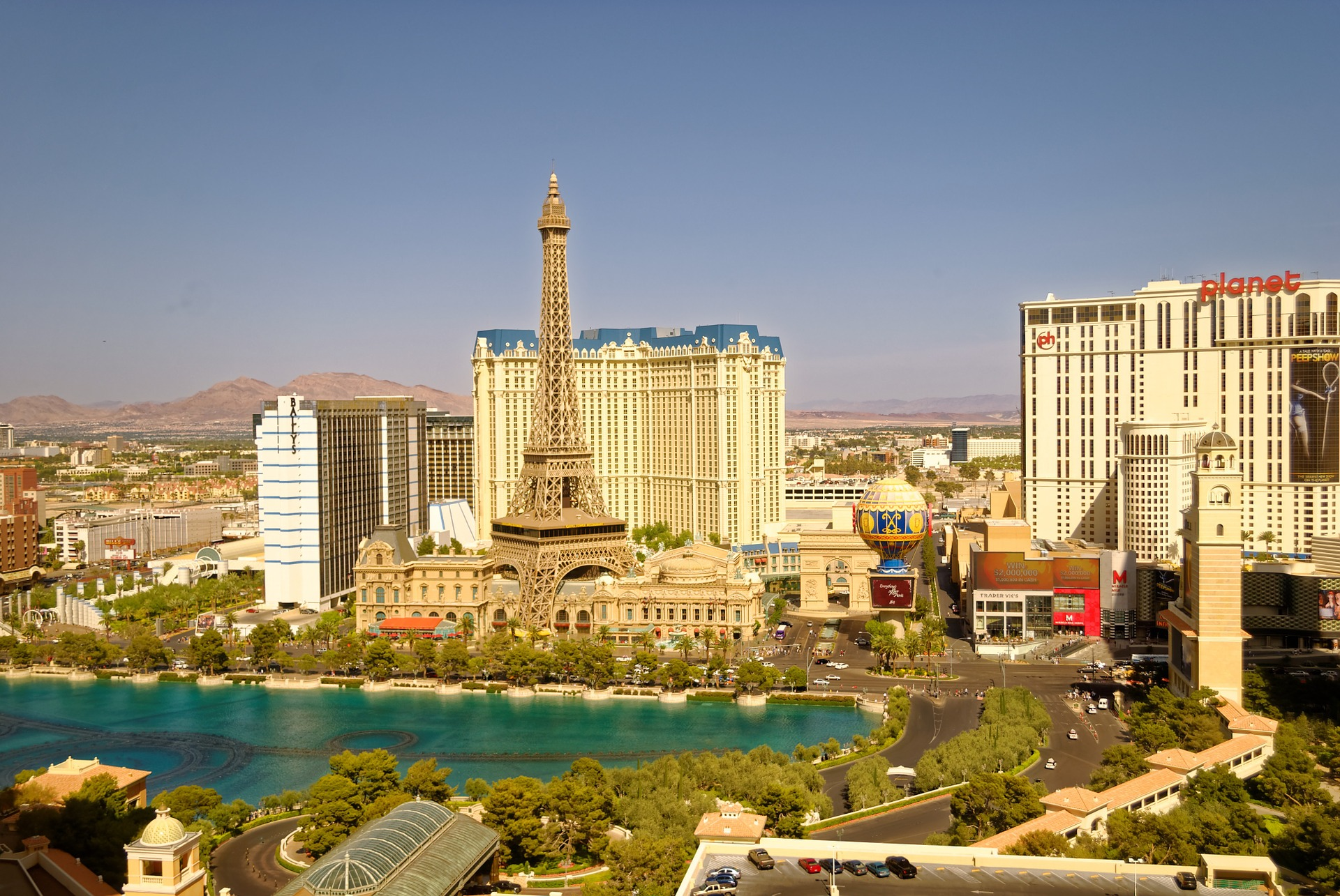 If you worry about moving to Las Vegas,don't! Economy here is great!
