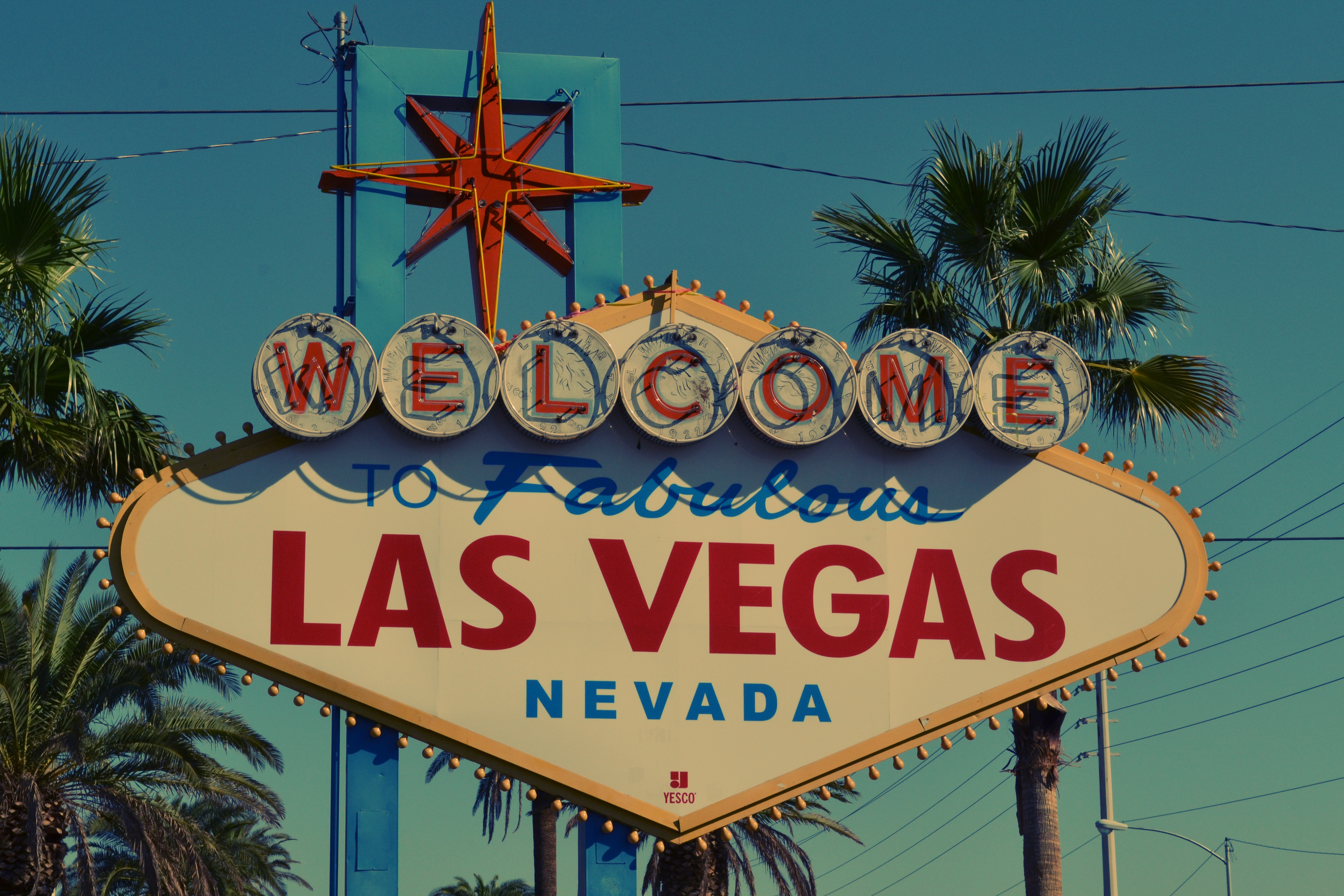 Welcome to Las Vegas sign - The ultimate Las Vegas moving guide