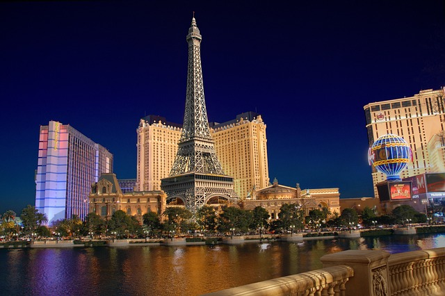 Las Vegas - Learn how to prepare for leaving LA and starting a new life in Las Vegas.